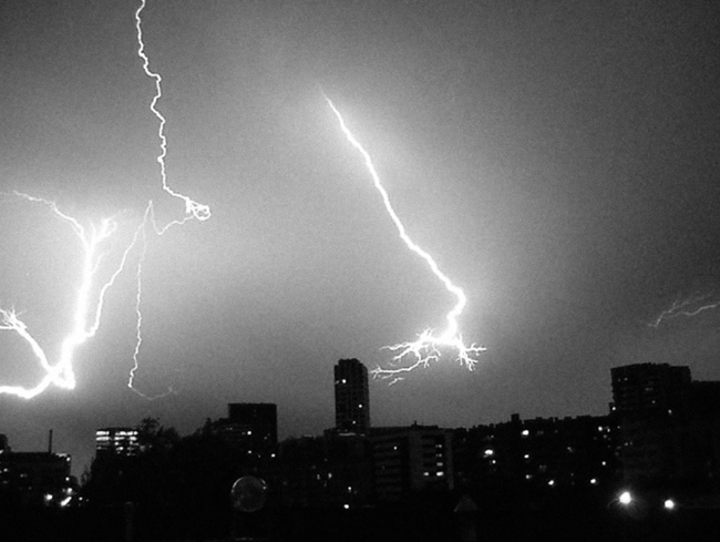 David Franklin Photo BCN Summer Lightning 02