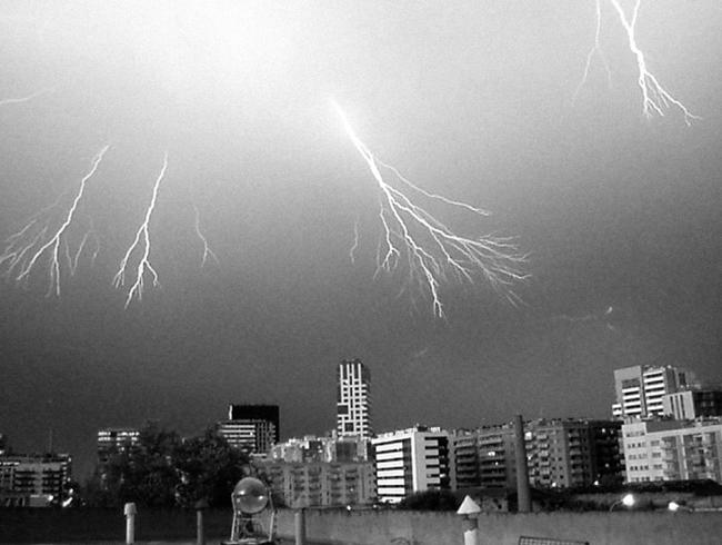 David Franklin Photo BCN Summer Lightning 04